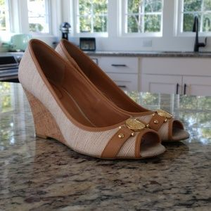 Tommy Hilfiger Tan and Beige Wedges Size 7.5